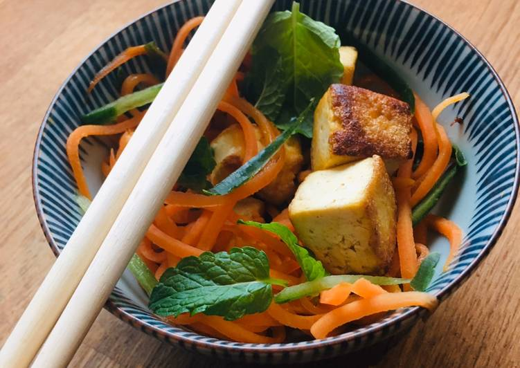 Selecting The Best Foods Will Help You Stay Fit And Healthy Tofu stir fry in Ponzu dressing and fresh mint