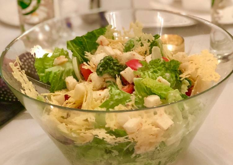 How to Make Appetizing Caesar Salad