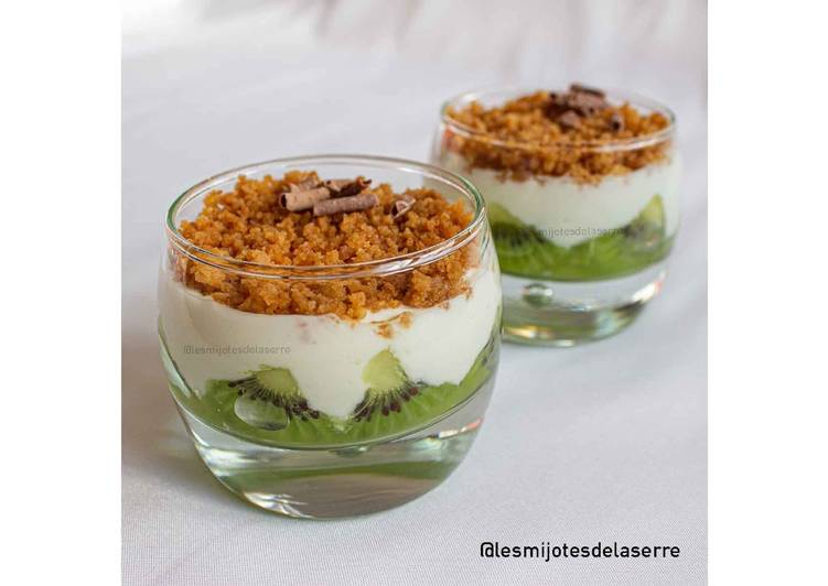 Comment Cuisiner Verrines kiwi, crumble, fromage blanc
