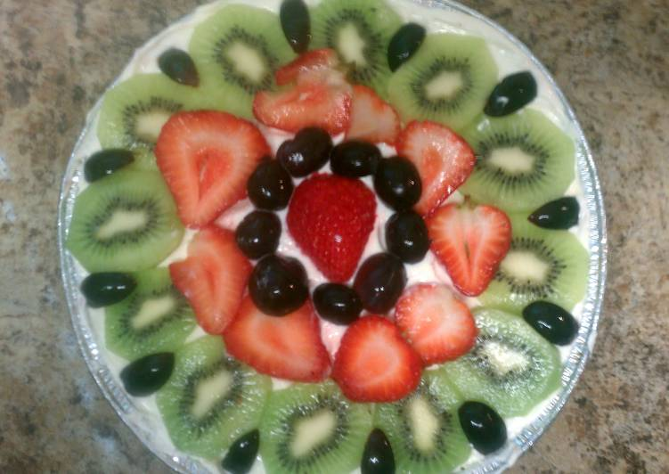 Easy Fruit Pizza Pie