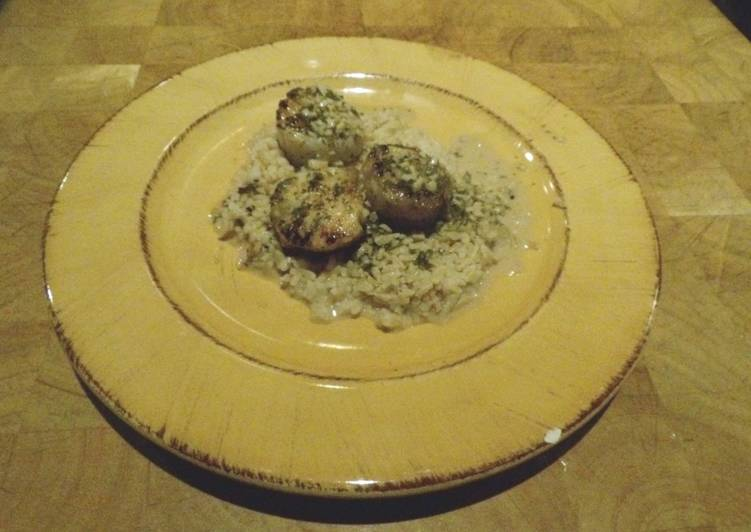 Easiest Way to Make Ultimate Scallops with Garlic Wine Sauce