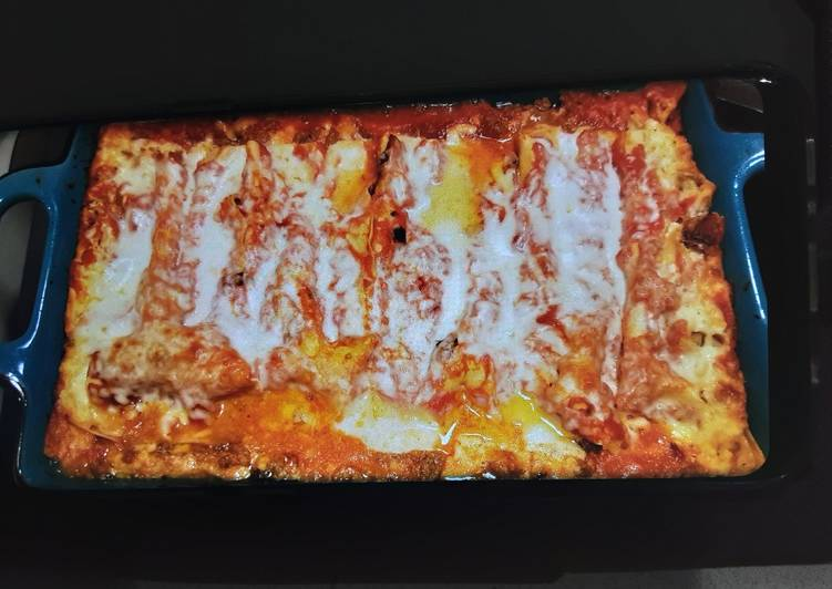Lauras' mexican casserole (enchilada's)