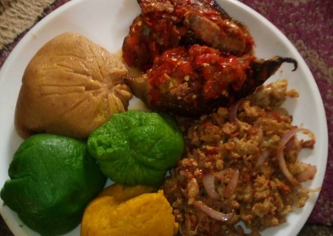 Coloured moi moi with pepper fish and scramble eggs
