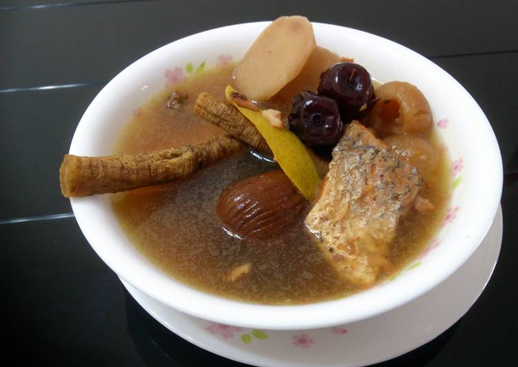 Simple Way to Make Any-night-of-the-week LG HERBS AND FISH SOUP
