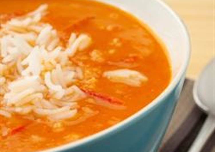 Jordanian Tomato Rice Soup