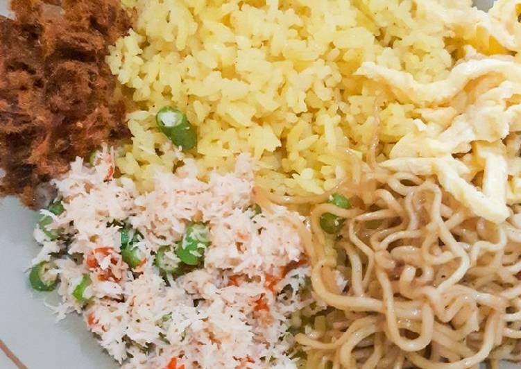 Nasi Kuning Sambal Bisa khas Brebes