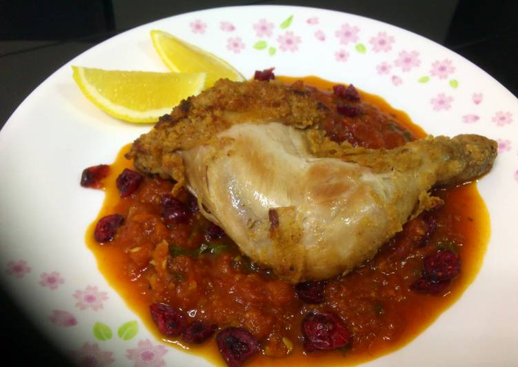 Fried Chicken With Cranberry Tomato Beer Sauce