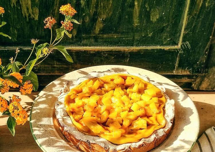 Ricetta Crostata alla crema di cocco e ananas caramellato