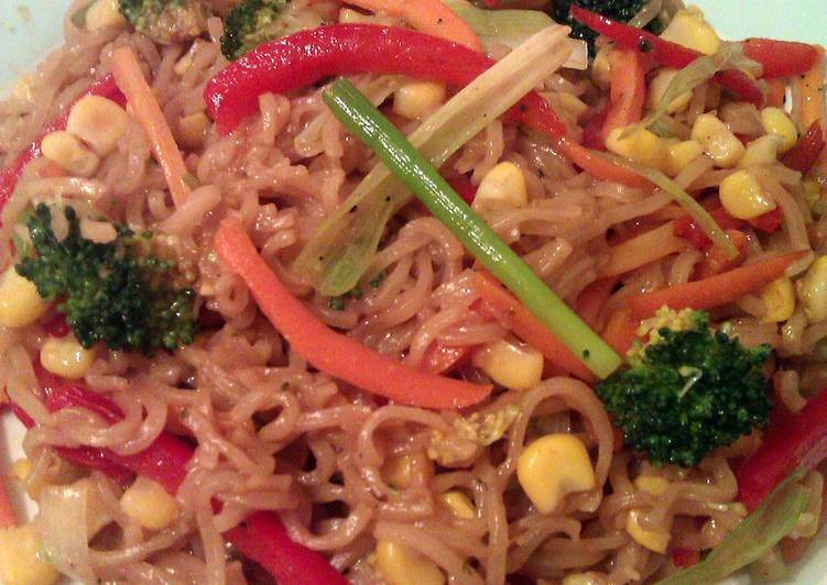 Recipe: Perfect Vickys Quick Vegetable Ramen / Instant Noodles, Dairy, Egg & Soy-Free