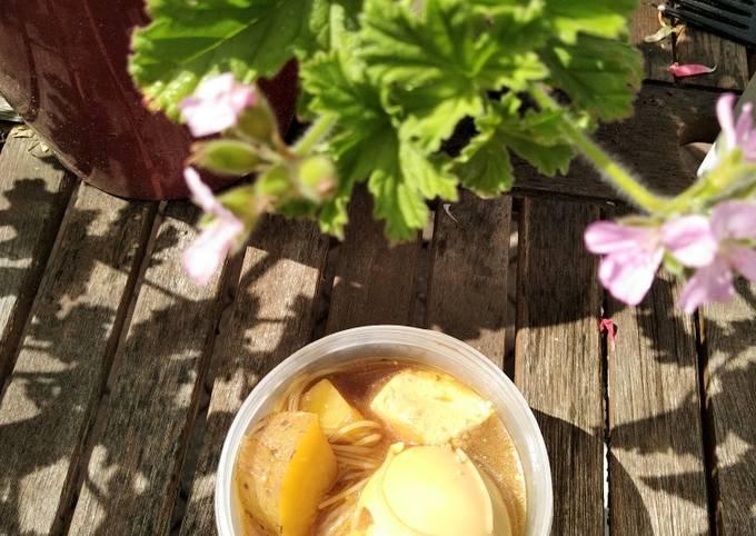 Semur (sweet soy sauce stew) (eggs and paneer version)