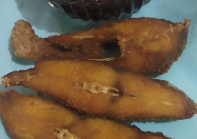 Ikan nila goreng bumbu racik