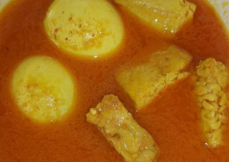 Bagaimana Menyiapkan Gulai telur dan tahu tempe.. Anti Gagal
