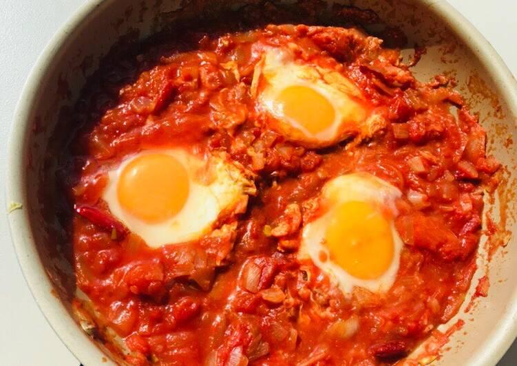 Uova al pomodoro!🍳🍅