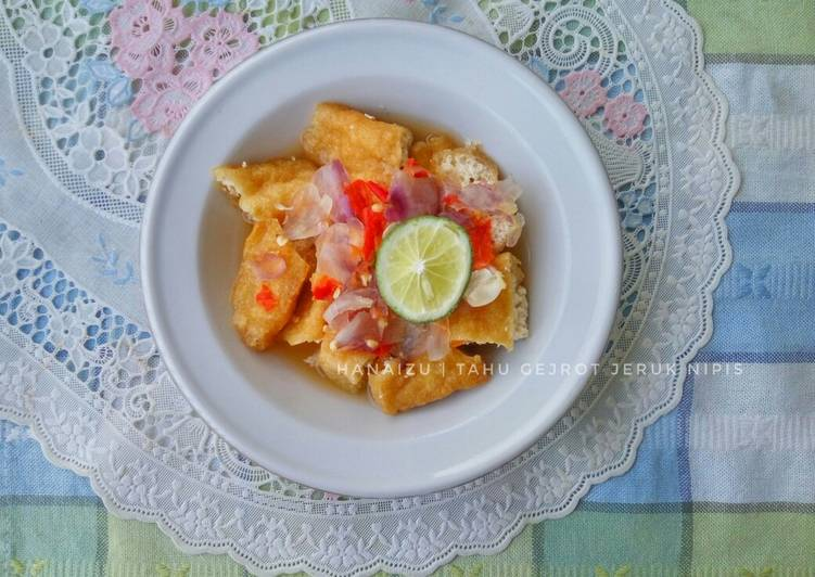 Simple Way to Prepare Ultimate Tahu Gejrot (Indonesian Fried Tofu with Sweet, Savoury, Sour, Spicy Dressing)