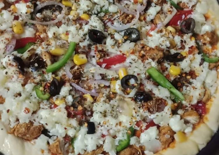 Simple Way to Prepare Ultimate Chicken corn pizza