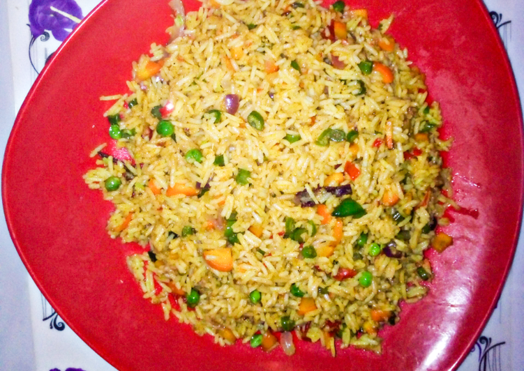 Information on How to Boost Your Mood with Food Chinese fried rice