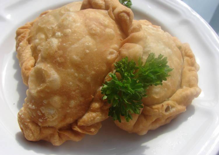 Recipe of Homemade Cheese Sambousek