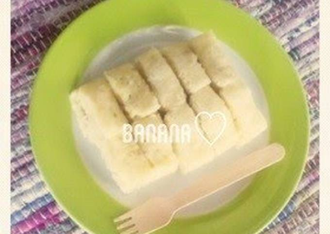 How to Prepare Appetizing Egg-Free & Microwave-Steamed Banana Bread for Baby Food