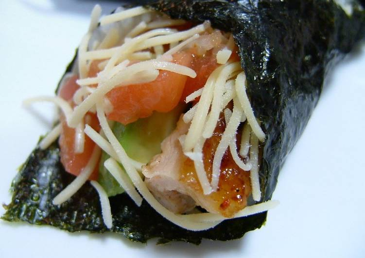 Step-by-Step Guide to Prepare Super Quick Homemade Unique Hand Rolls Avocado and Chicken with Salsa