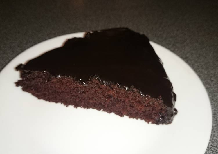 Vegan chocolate cake