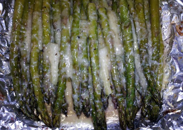 Easiest Way to Make Tasty Parmesan Asparagus and Green Onion
