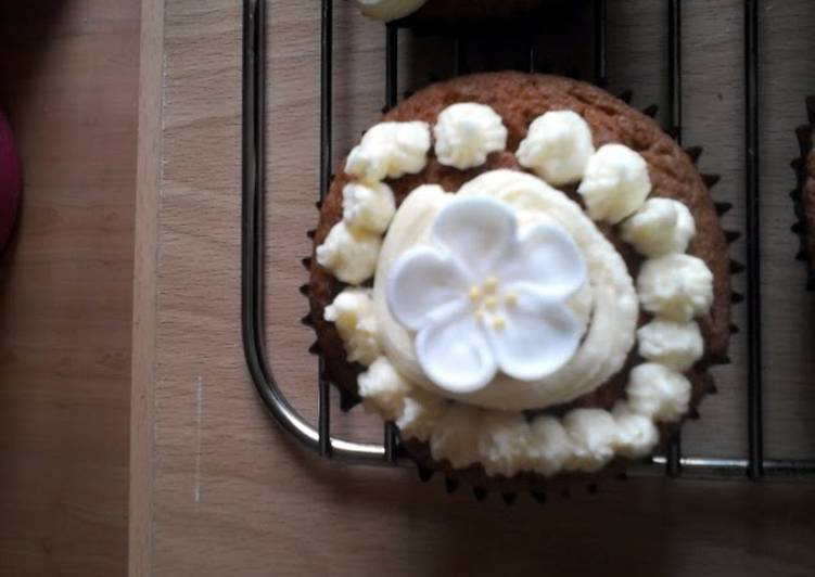 Recipe of Ultimate yum yum cupcakes from out of this uh…fridge
