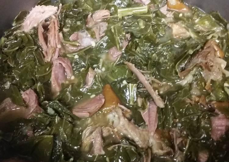 Collard Greens with Smoked Turkey Leg