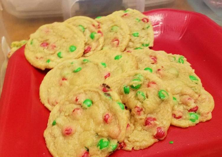 Chocolate or M&M chip cookies