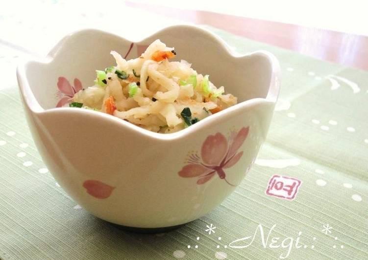 Recipe of Super Quick Homemade Sautèed and Stewed Kiriboshi Daikon and Sakura Shrimp