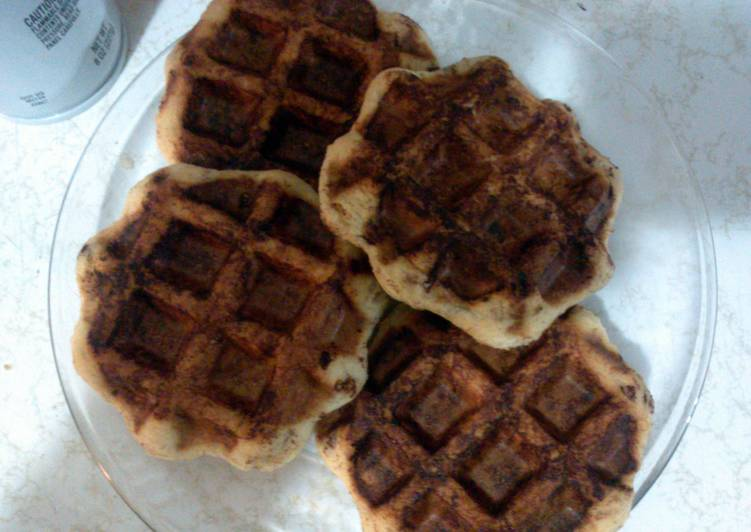 How to Prepare Ultimate easy cinnamon waffles