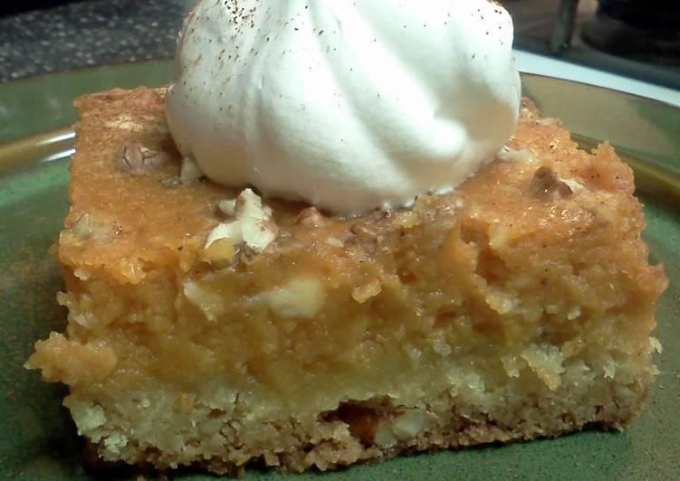 Pumpkin pie cake squares