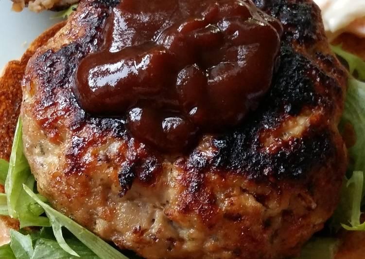 Vickys Pork, Apple & Mustard Burgers, GF DF EF SF NF