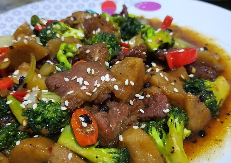 Brokoli Sapi Lada Hitam