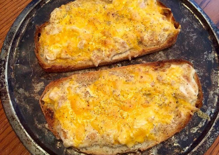 Riley's Tuna Melts