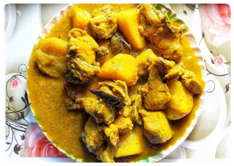 Beginners Guide To Boil Yummy Bengali style potato chicken curry