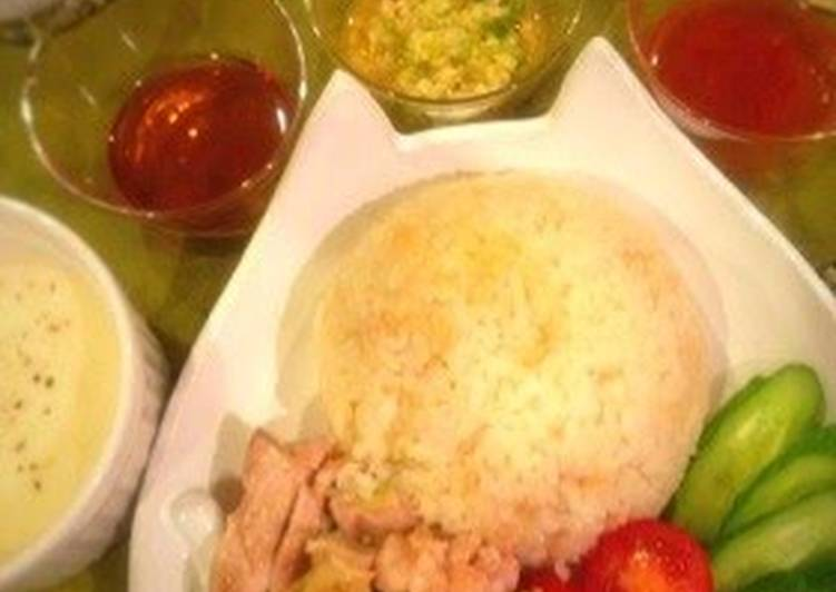 Recipe of Ultimate Singapore Chicken Rice with Ginger Sauce