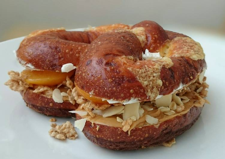 Peanut Butter And Cream Chesse Pretzel Sandwich