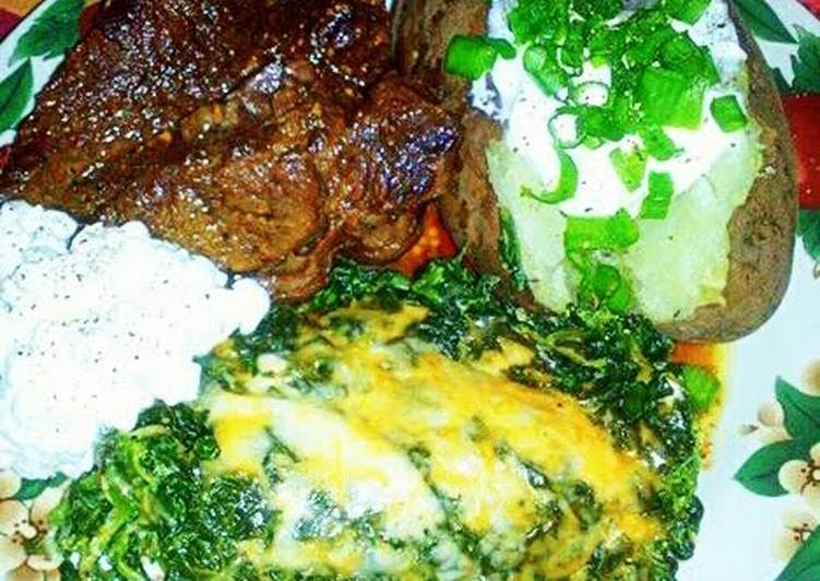Choosing The Right Foods Can Help You Stay Fit As Well As Healthy Cheesy Spinach Casserole