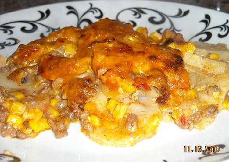 Easiest Way to Prepare Delicious Cheesy Potato Beef Casserole