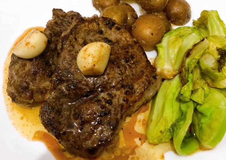 Steak with Garlic butter (Juicy)