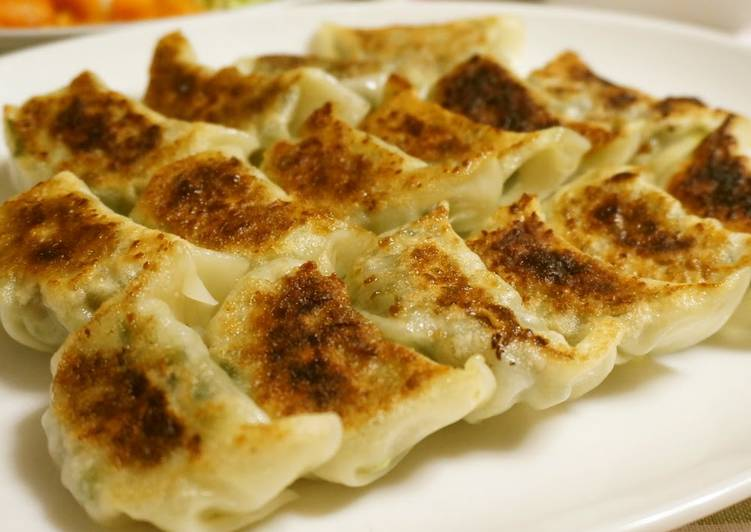 Steps to Make Speedy Veggie-Packed Healthy Gyoza