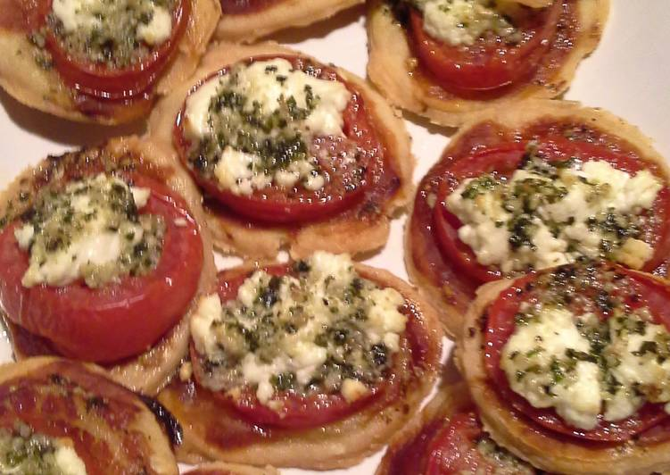 Steps to Make Favorite Tomato tart with goat cheese & pesto