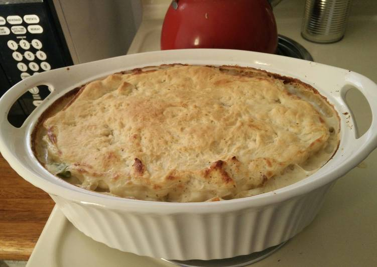 Simple Chicken Vegetable Pie