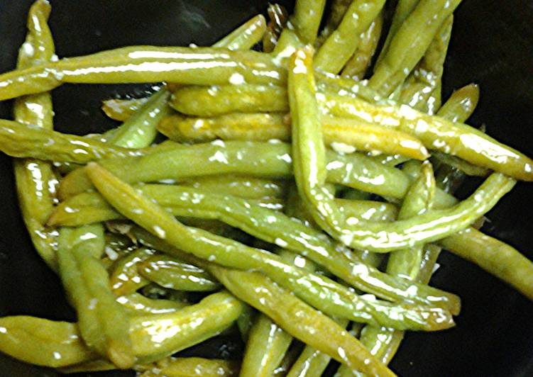 Easiest Way to Make Perfect Green beans with garlic
