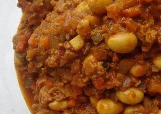 Healthy Dry Curry with Soy Beans