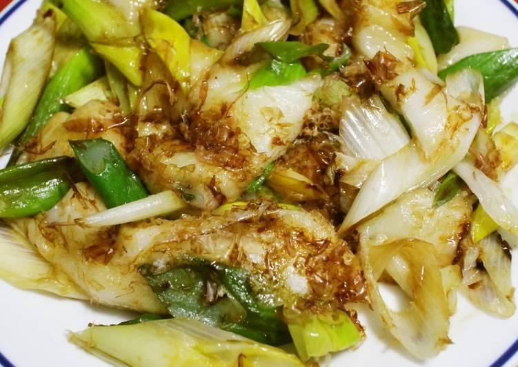 Recipe of Speedy Unbeatable Bonito and Soy Sauce Seasoning! Easy Japanese Leek Rice Cakes