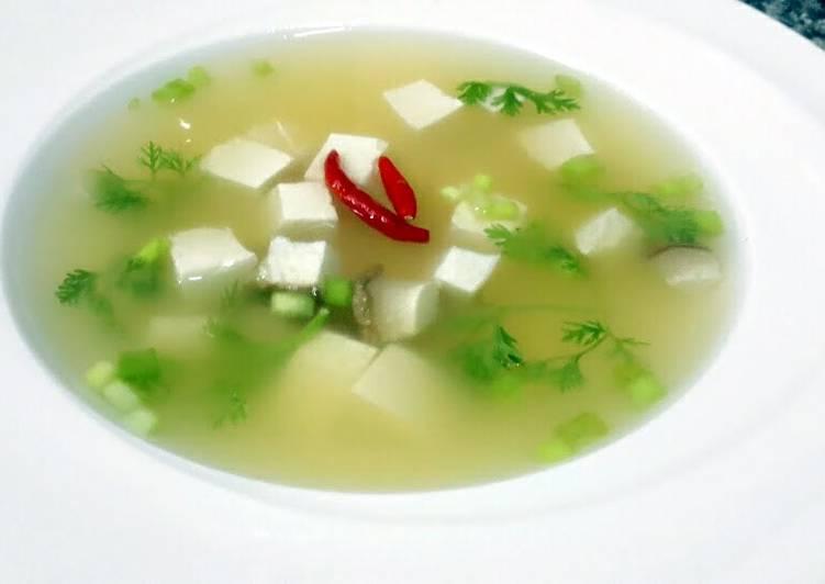 Kanya's Tofu Soup / Tom Yum Style