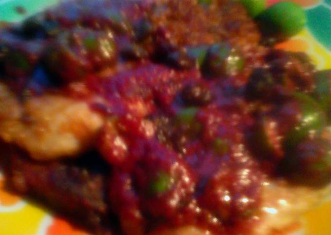 Pork Scaloppini with Olives In Red Wine Sauce