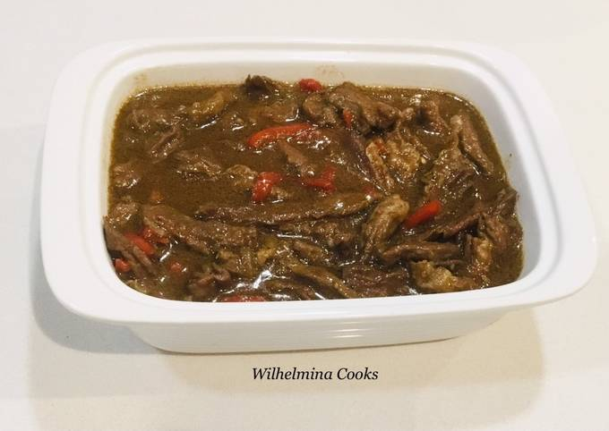 Beef Loin Steak Strips with Bell Peppers