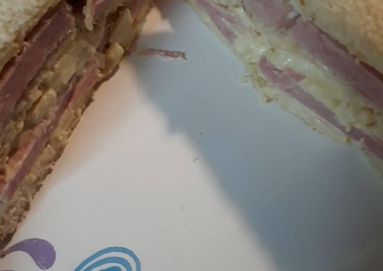 Sandwich de Medianoche 9